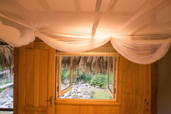 Riverside-Lodge-Bedroom