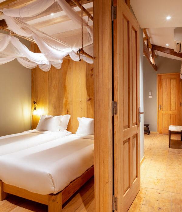 Riverside-Room
